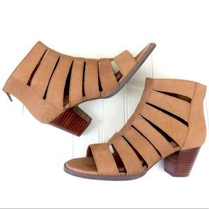 Vionic Aloft Harlow caramel leather heeled sandals